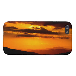 Beautiful sunset photo iPhone 5 cases