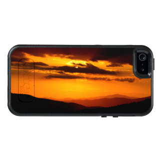 Beautiful sunset photo OtterBox iPhone 5/5s/SE case