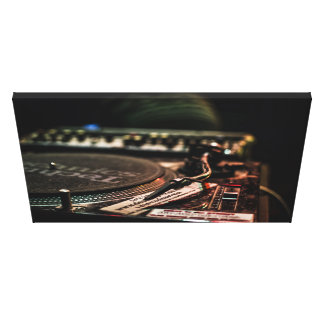Beautiful TurnTable Print Canvas! - Do not miss!