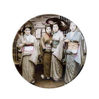 Beautiful Vintage Geisha in Kimonos Old Japan Plate