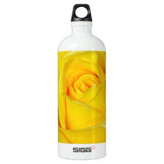 Beautiful yellow rose petals SIGG traveller 1.0L water bottle