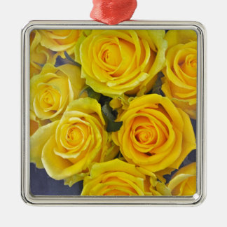 Beautiful yellow roses metal ornament