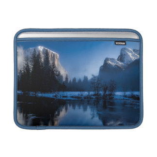 Beautiful yosemite national park landscape sleeve for MacBook air