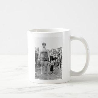 Beauty Contest on the Tidal Basin, 1919 Coffee Mugs
