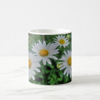 Bed of daisies mug