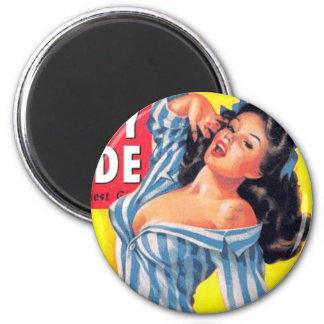 Bedtime Pinup 6 Cm Round Magnet