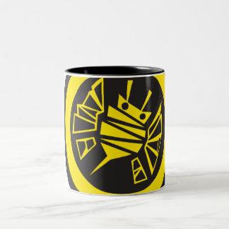 bee-button coffee mug