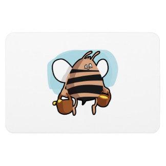 Bee cartoon magnet