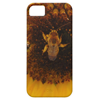 Bee Climbing A Sunflower Case For The iPhone 5