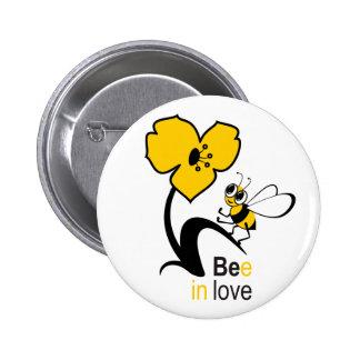 Bee in love pin