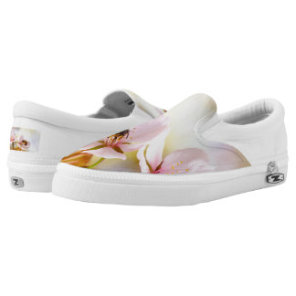 Bee On A Cherry Flower Slip-On Shoes