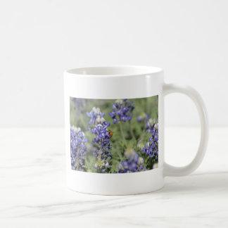 Bee on Bluebonnet Mugs