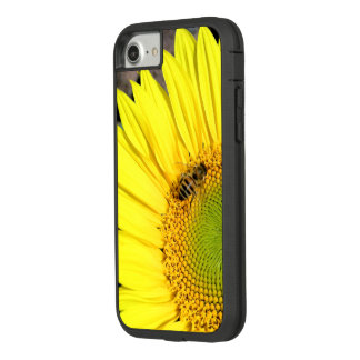 Bee On Sunflower Close-Up Photograph Case-Mate Tough Extreme iPhone 8/7 Case