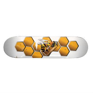 bee reflective skate board
