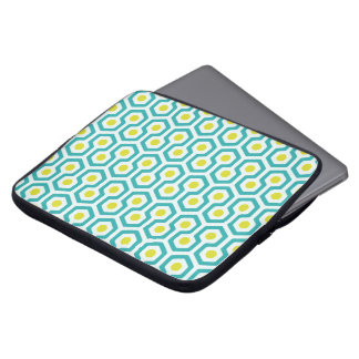 Beehive pattern White/Light Blue/Greenish Yellow Laptop Sleeves
