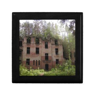 Beelitz hospital ruin, Alpenhaus Gift Box