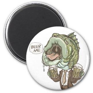 Beer Me Beer Bass by Mudge Studios 6 Cm Round Magnet