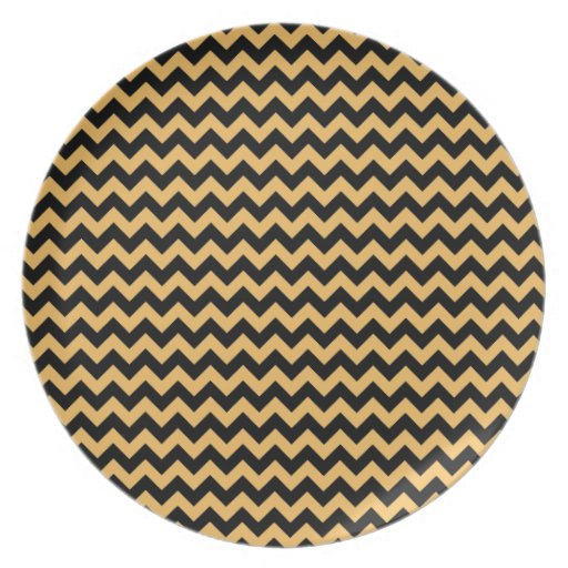 Beeswax Color And Black Zigzag Chevron Pattern Party Plate