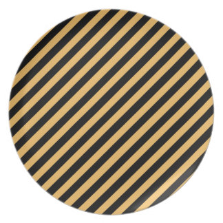 Beeswax Color And Oblique Black Stripes Pattern Plates
