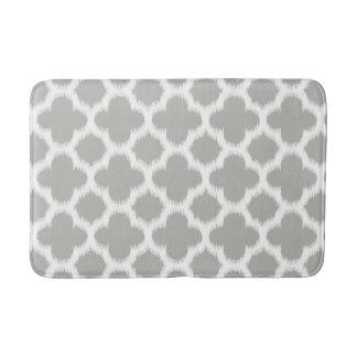 Beige Gray White Retro Ikat Quatrefoil Pattern Bath Mat