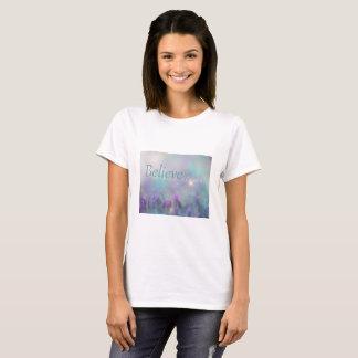 """"""" Believe In Dreams """" T-Shirt"""
