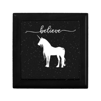 Believe in Unicorns Design Starry Sky Background Small Square Gift Box
