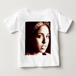 Bella Cubana Tee Shirts