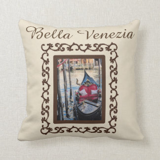 Bella Venezia Gondola Italy Souvenir Throw Pillow