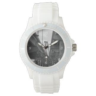Below Arthur Ravenel Grayscale Watch