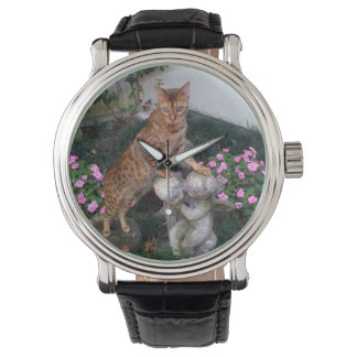 Bengal on statue wristwatch