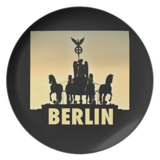 BERLIN Quadriga 002.1 Brandenburg Gate Plate