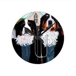 Berner Gothic Round Clock