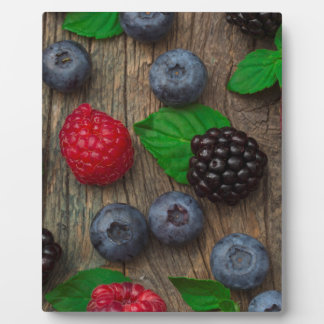 berry fruit background plaque