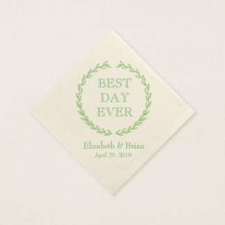 """""""Best Day Ever"""" Green Wreath Personalized Wedding Disposable Napkins"""