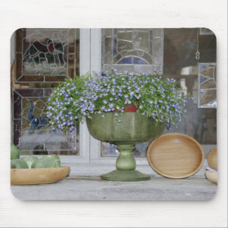 Between Piazzas Mouse Pad