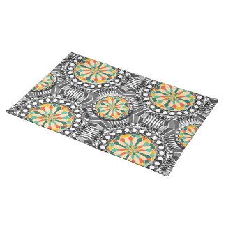 Beveled geometric pattern placemat