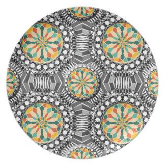 Beveled geometric pattern plate