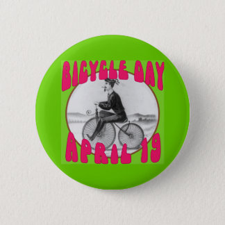 BICYCLE DAY April 19 6 Cm Round Badge