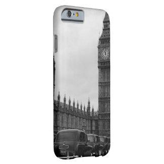Big Ben en taxi cabs in black & white iPhone case