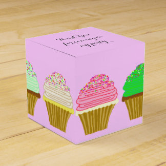 Big Cupcakes Girls Birthday Party Gift Box