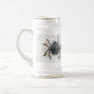 Big_Female_Huntsman_Spider_White_Beer_Stein_Mug Beer Stein