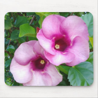 BIG FLOWERS MOUSE PAD
