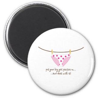 big girl 6 cm round magnet