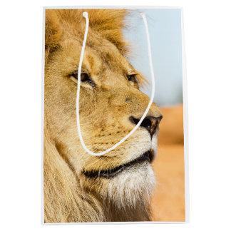 Big lion looking far away medium gift bag