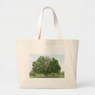 Big old tree jumbo tote bag