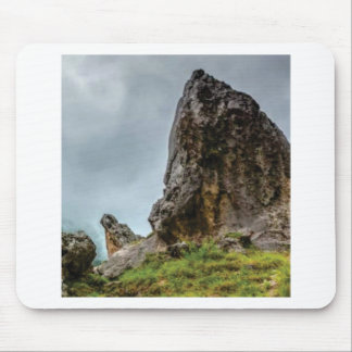 big point little point mouse pad