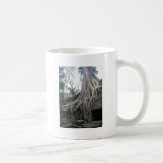 big tree classic white coffee mug
