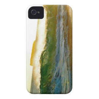 Big Wave iPhone 4 Cases