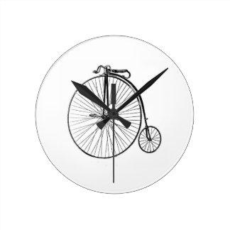 Big Wheel Bicycle Round Clock