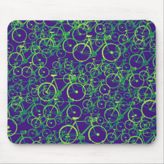 bikes: cycling-themed pattern mouse pad